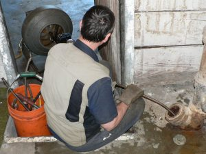 Plumbing Services - Pipe Cleaning